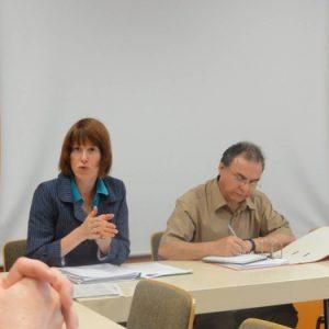 Heike Hofmann besucht den AK Energie in Erzhausen am 14.Mai 2012