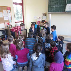 Heike Hofmann auf dem Vorlesetag in der Schillerschule, Griesheim am 21.11.2014