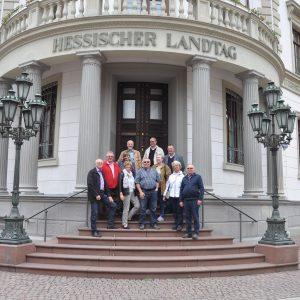 Eine Besuchergruppe des OV Erzhausen zu Gast im Hessischen Landtag am 27.05.2015